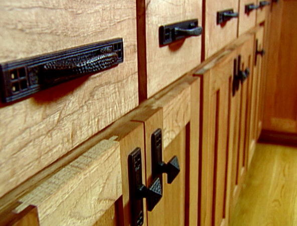 Kitchen Cabinet Pulls And Knobs