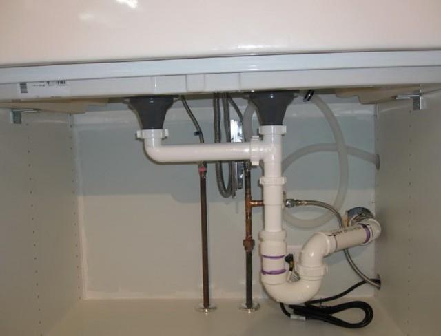 Kitchen Sink Plumbing With Dishwasher