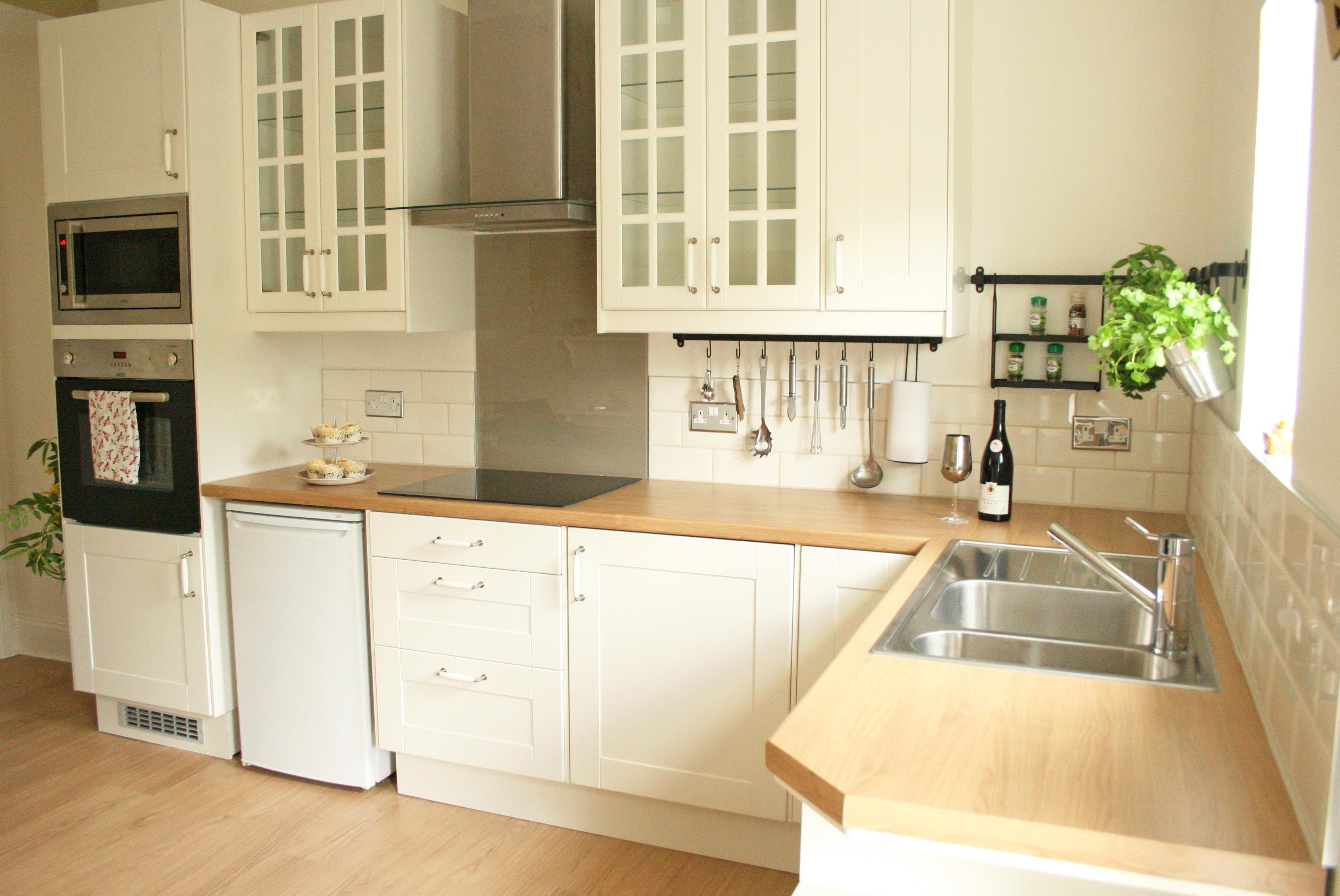 Kitchen Tile Ideas Cream Gloss