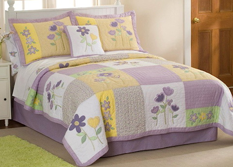 Little Girls' Queen Size Bedding Sets