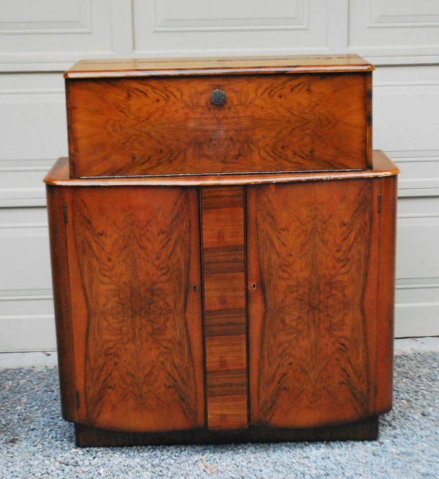 Locking Liquor Cabinet Sale