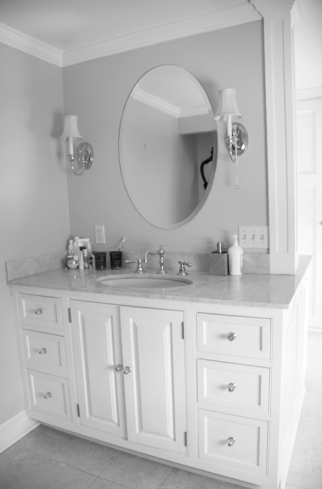 Lowes Bathroom Vanities And Mirrors