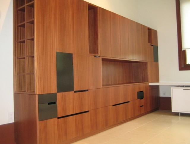 Mall Storage Cabinet With Doors