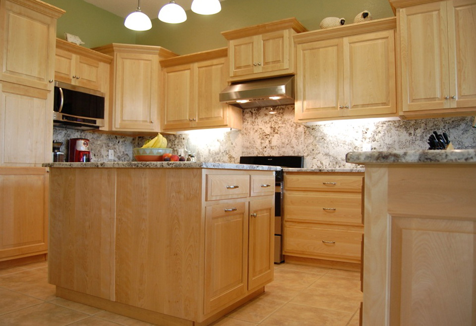 Maple Kitchen Cabinets Images