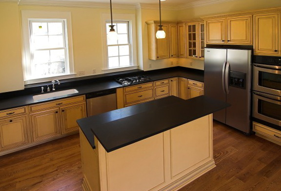 Oak Kitchen Cabinets And Wall Color