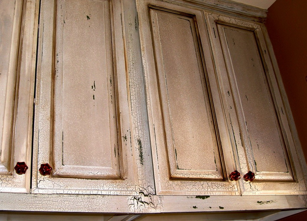 Painting Kitchen Cabinets White Distressed