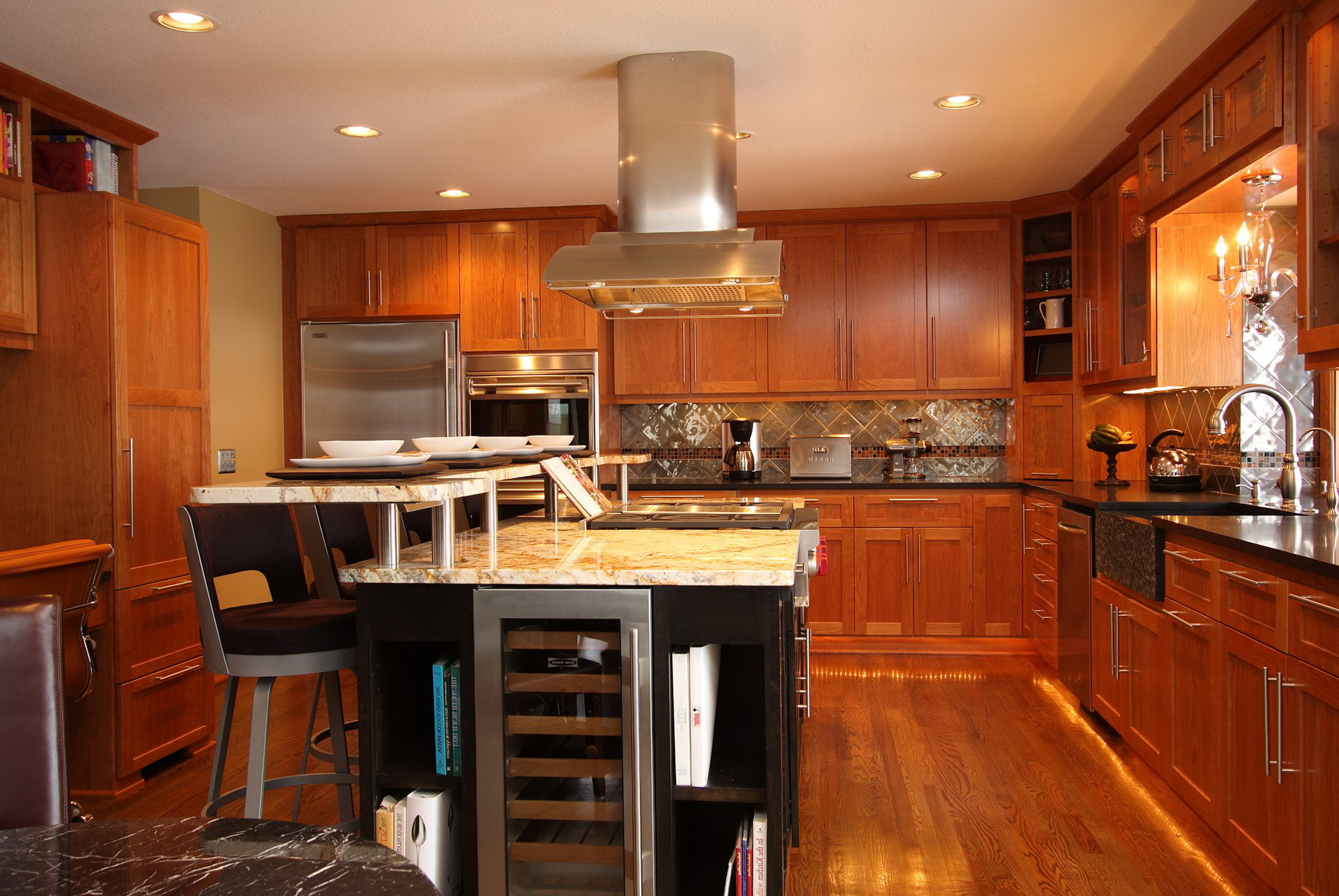 Pictures Of Custom Kitchen Cabinets