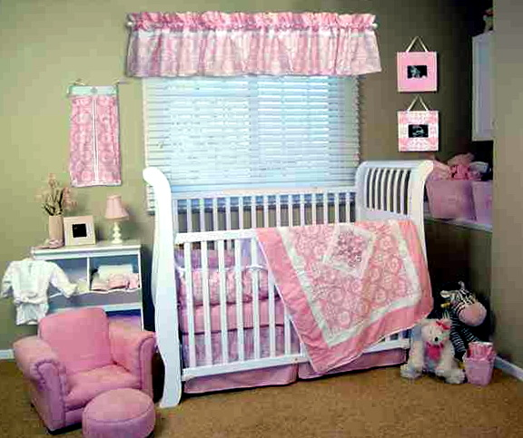 Pink Mini Crib Bedding
