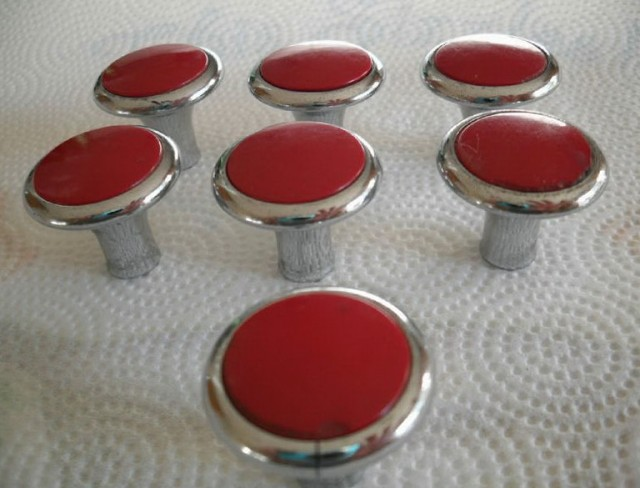 Red Cabinet Knobs And Pulls
