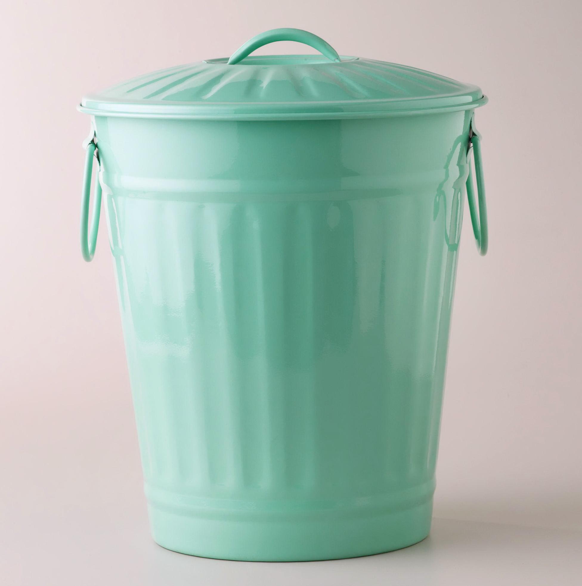 Retro Kitchen Trash Cans