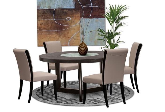 Round Kitchen Table Decor