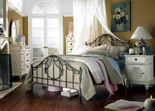 Shabby Chic Girls Bedroom Furniture