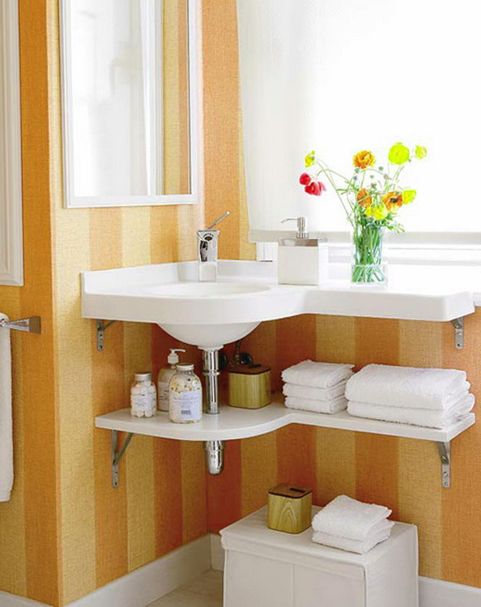 Small Bathroom Sinks With Storage