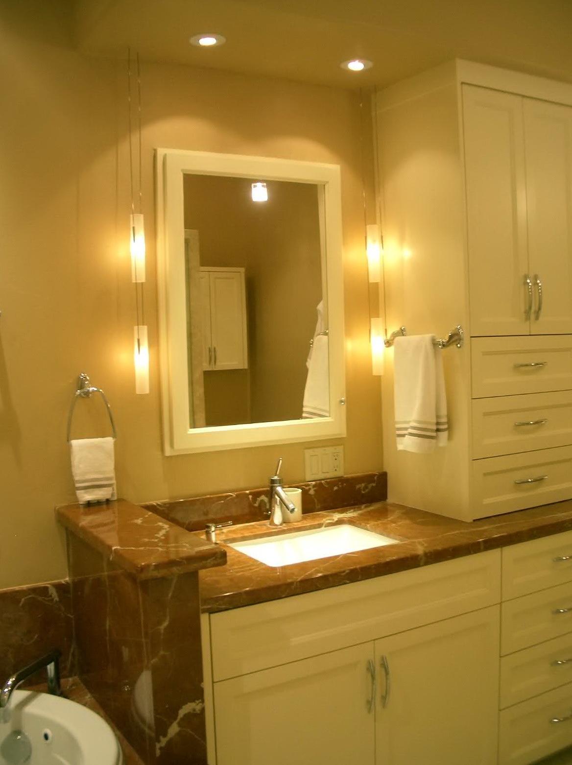Small Bathroom Vanity Lighting