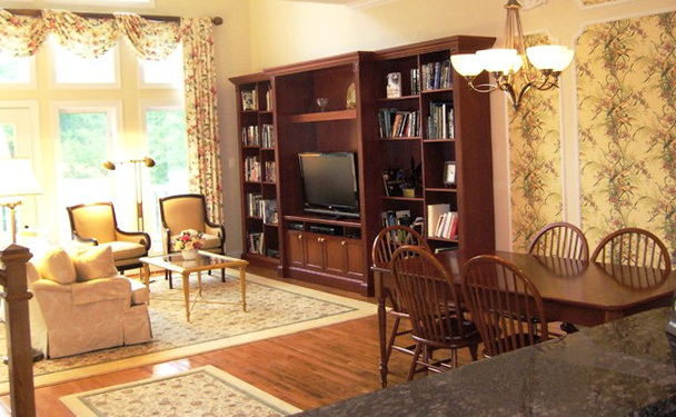 Traditional Living Rooms With Tv
