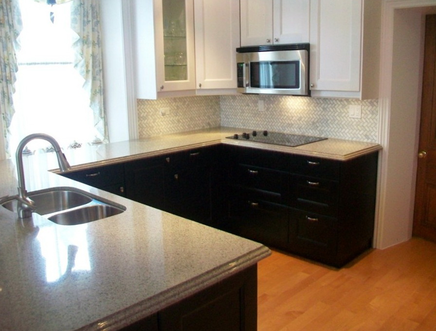 Two Tone Kitchen Cabinets Black And White