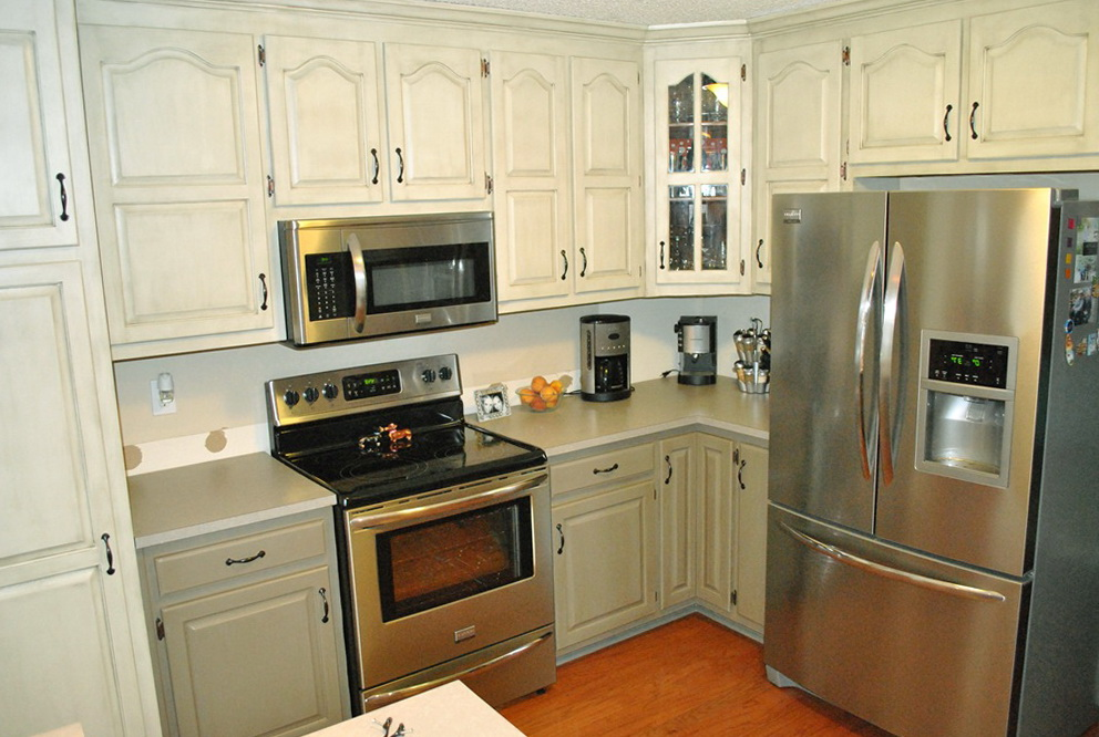 Two Tone Kitchen Cabinets Pictures