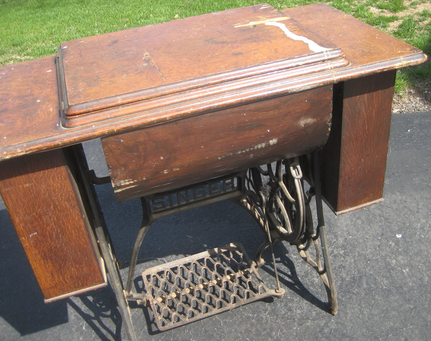 Uses For Old Sewing Machine Cabinets