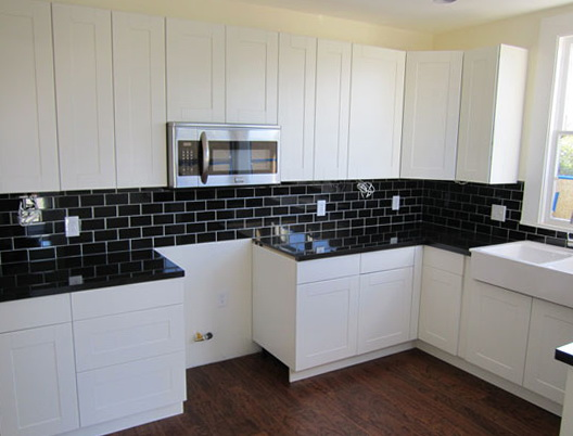 White Kitchen Cabinets Black Countertops