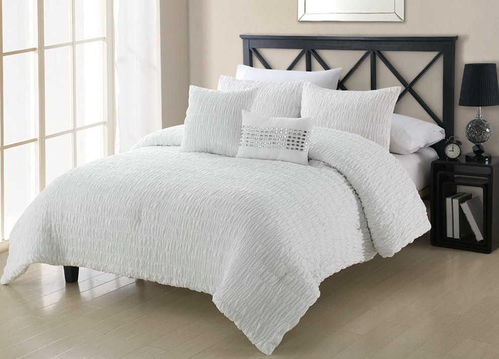 White Queen Bed Set