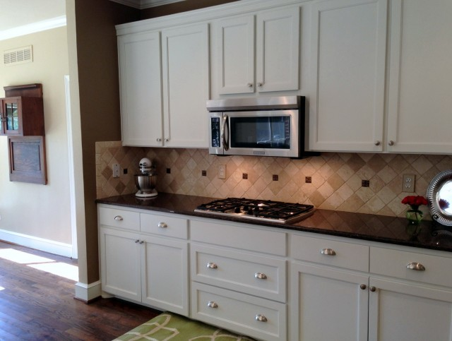 White Shaker Cabinets With Marble Countertops