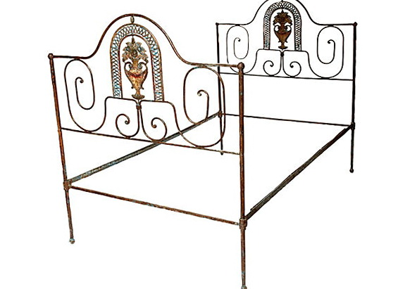 Wrought Iron Bed Frames Twin